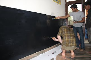 Wall painted with blackboard paint enabled better teaching
